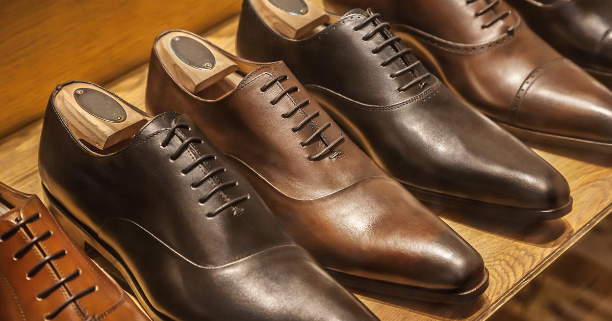 Men's dress shoes lined up