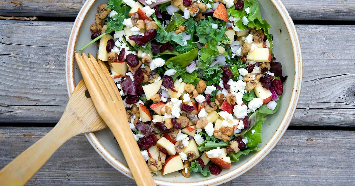Salad with nuts and greens